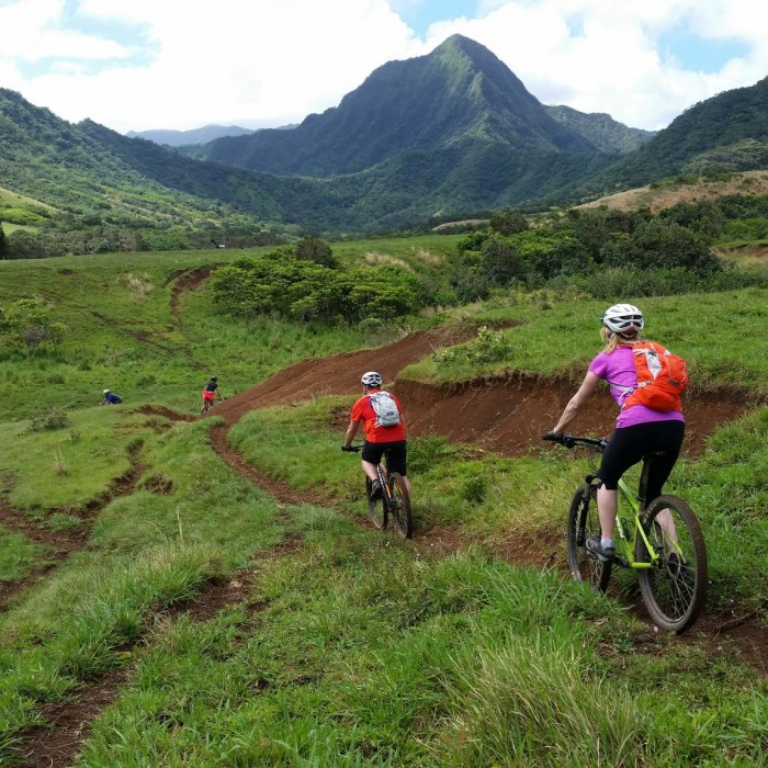 Hawaii-mountain-bike-kualoa